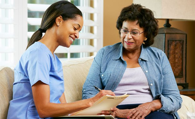 4 Must-Haves in an Excellent In-Home Caregiver